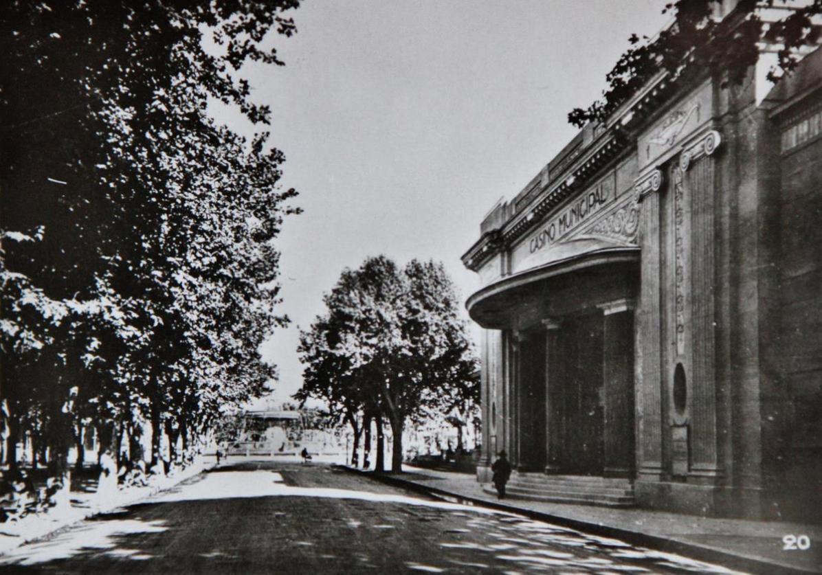 Aix-1942-21