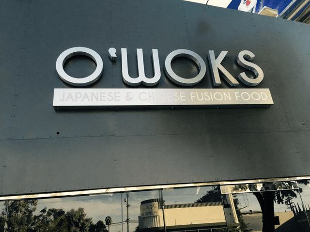 O'Woks Sushi Town