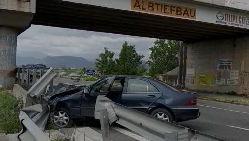 Lezhë/ Dy makina përplasen me njëra-tjetrën