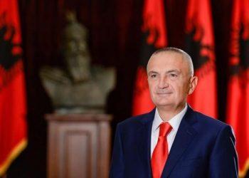 Dekreti/ Presidenti Meta i kthen Kuvendit ligjin që rregullon aktivitetin turistik të jahteve e kroçerave: Cënon identitetin kombëtar