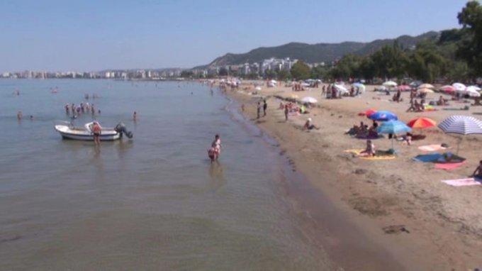 Ishte duke pushuar në Durrës
