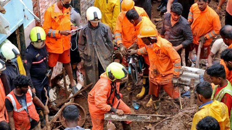 Rrëshqitja e dheut në Indi merr para shtëpitë