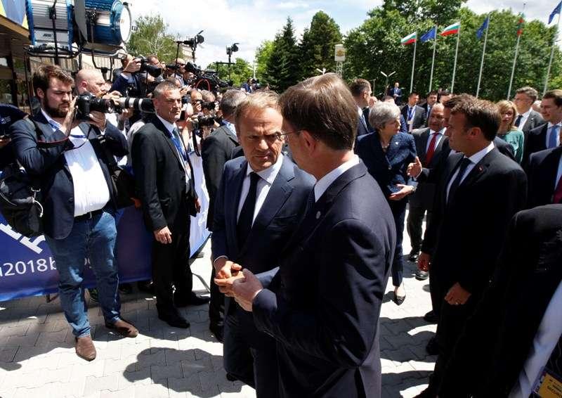 eu-western-balkans-summit-family-photo_28295767638_o