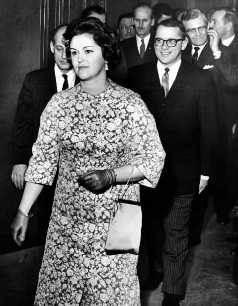 hashtags-claire-kirkland-casgrain-janvier-1963