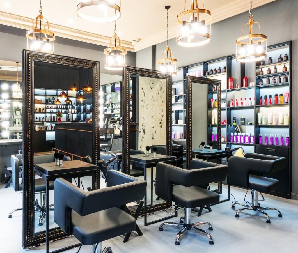 3 nouveaux salons de coiffure coresponsables d couvrir for Chaine de salon de coiffure