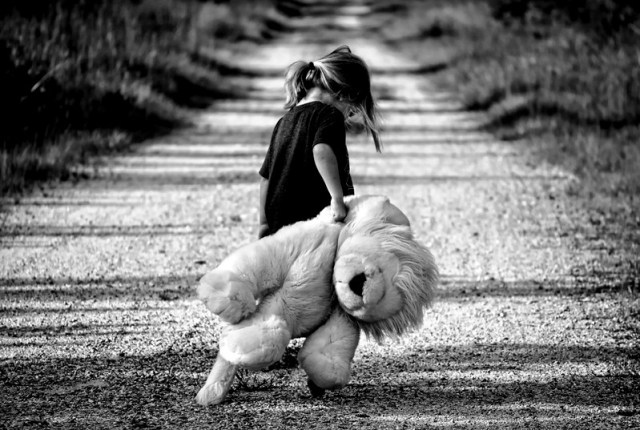 black-and-white-child-cute-48794