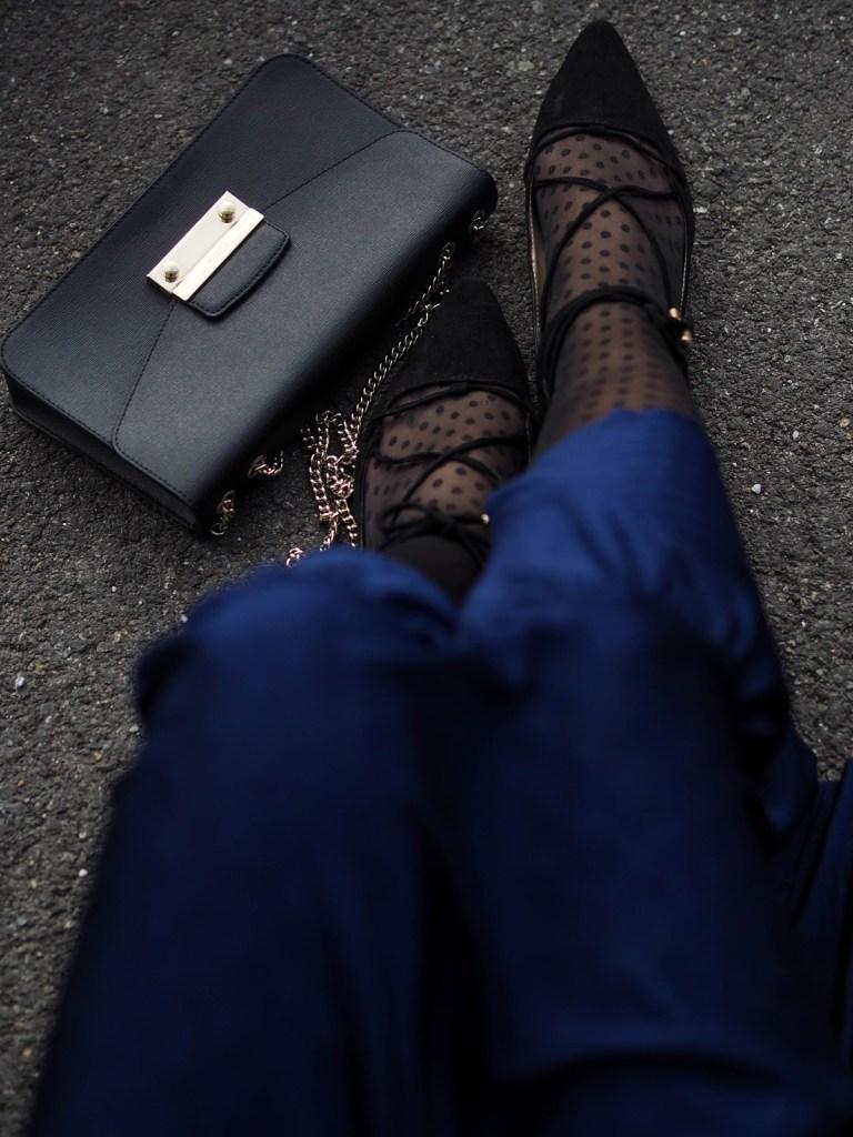 Blaues-Kleid_Lace-up-Ballerinas-Lakatyfox-Fashonblog-Blogger-Furla-Tasche-12