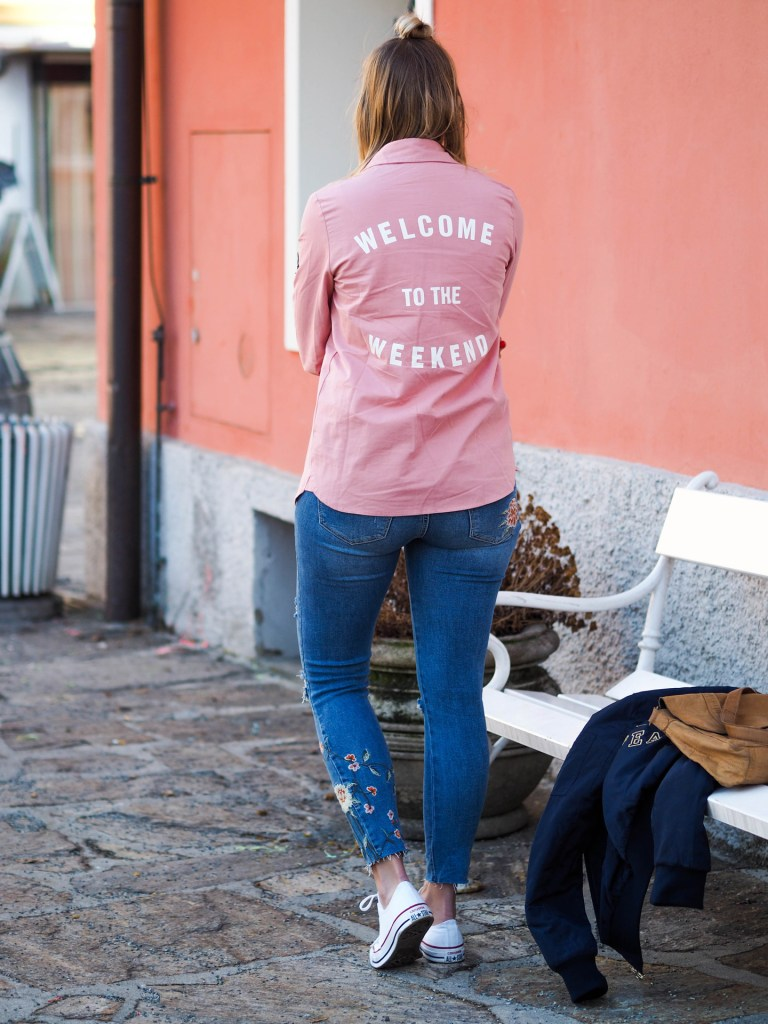 welcome_weekend_jeans_stickerei_blog_pinke_bluse_lakatyfox-6