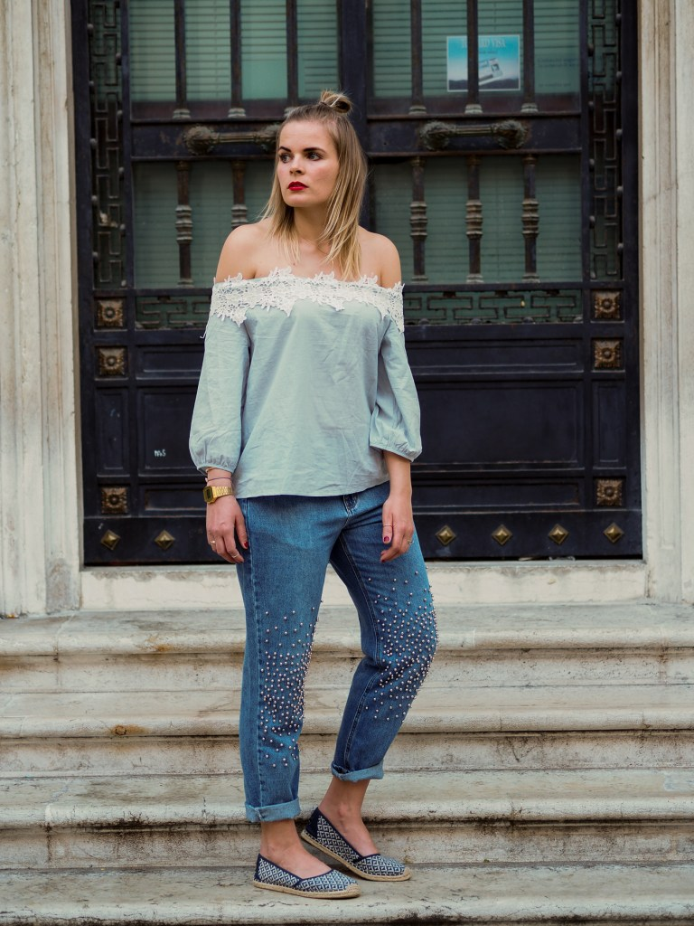 Mom Jeans, Off Shoulder, Streetstyle, Fashionbloger