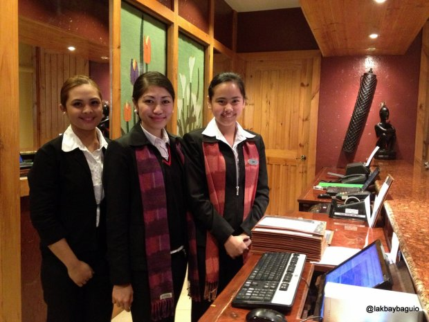 The-warm-forest-lodge-staff
