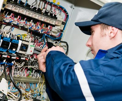 Commercial Electrician in Kent