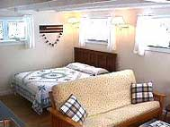 Sunapee Harbor Cottage Bed