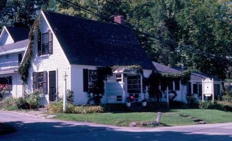 The Woodbine Cottage in Sunapee Harbor