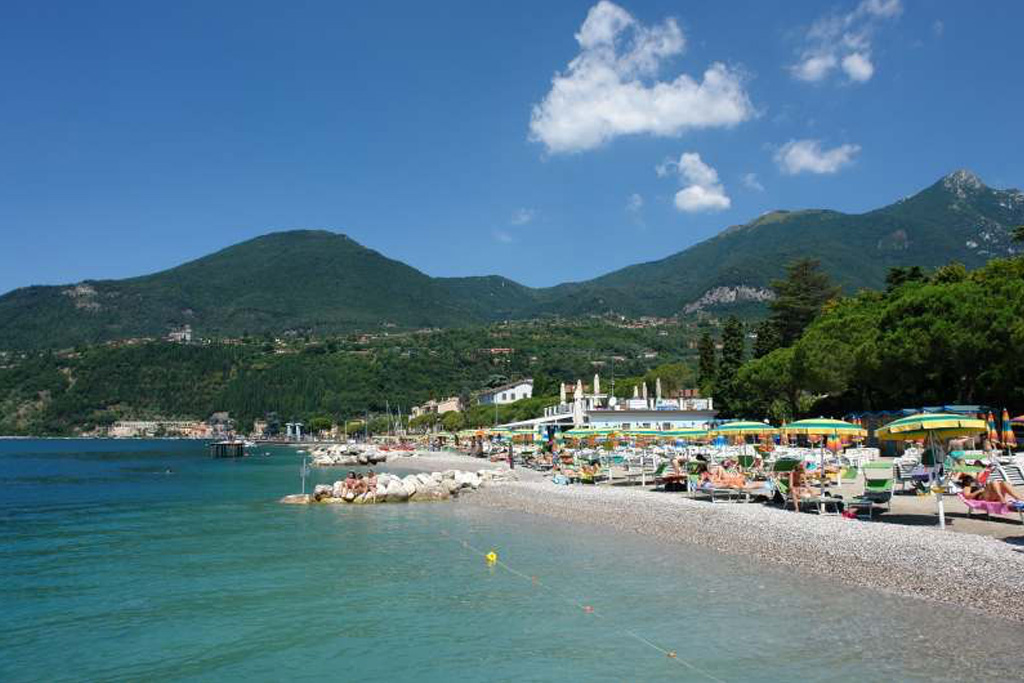 Toscolano beaches on LakeApp