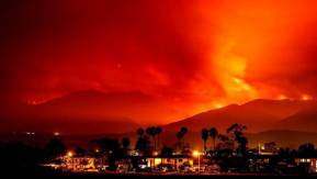 ss-170710-california-wildfires-se-01_9e6c933d923784777d27d1ad704752cb.nbcnews-ux-2880-1000