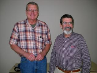 LCBA President David Gilbert with guest presenter and former KY State Apiarist Phil Craft