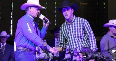 Ringuette earns Top Rookie at Calgary Stampede, rookie riders take in first Rangeland Derby