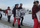 "Union rally in Elk Point advocates for health care: ""Our health care is going to deteriorate"""
