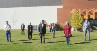 Infrastructure Minister visits LLB for pool announcement