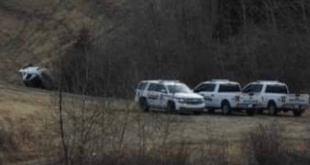 Five people arrested after firearm pointed at RCMP member by fleeing suspects