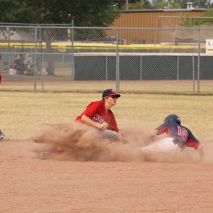 Nice throw from catcher Logan McMillan for Casey Warawa to lay the tag and stop the steal at second
