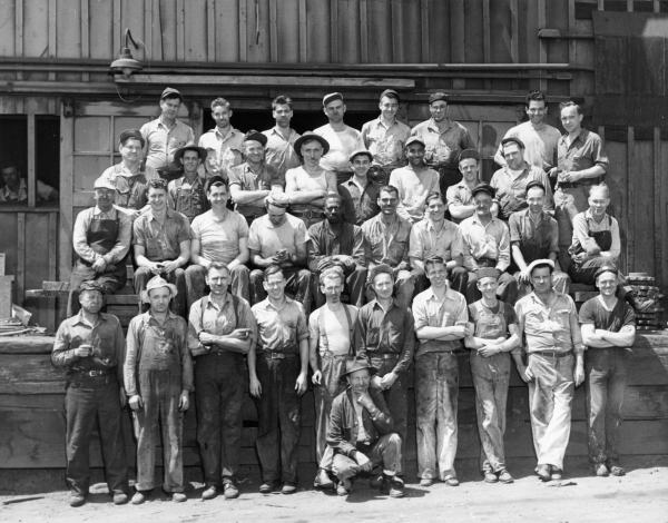 This image has an empty alt attribute; its file name is Workers-in-Oswego-Pipe-Foundry-600x470.jpg