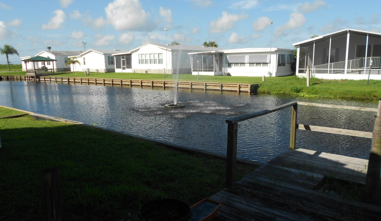 12 264 Canal view