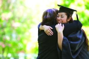 GraduateMomHugHC1405_X_300_C_Y