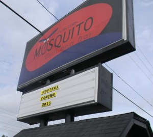 It appears someone is pulling a prank on people driving by the old Mosquito Grill & Bar location on Land O' Lakes Boulevard. Hooters of America denies a restaurant from its chain is opening there. (Michael Hinman/Staff photo).