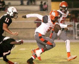 Junior running back Myles Carter set the tone early in the game, scoring Zephyrhills' first touchdown midway through the first quarter. (Fred Bellet/Photos)