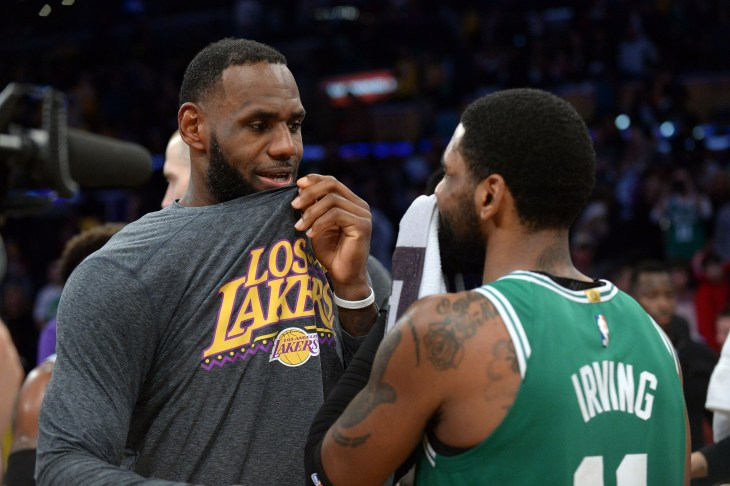 5f7f8e231 Report  Kyrie Irving will grant the Lakers a meeting in free agency ...