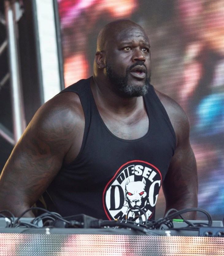 Shaquille O'Neal performing as DJ Diesel at Lollapalooza 2019