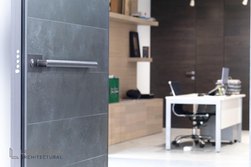 Oikos Showroom Door