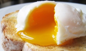 Perfectly poached egg
