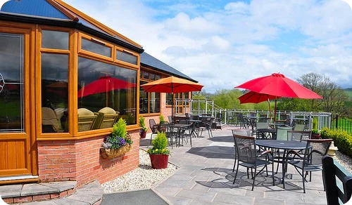 Lakeside-Golf-Course-Restaurant
