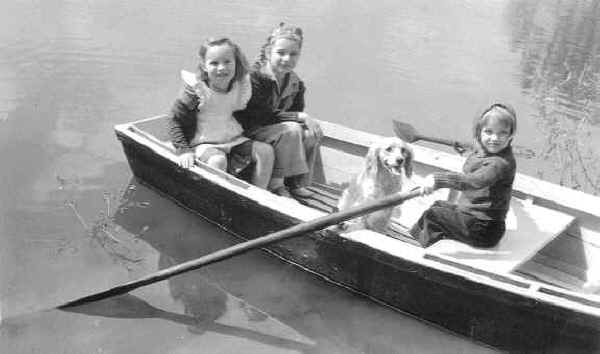 Lindo Lake 1939 with children and dog