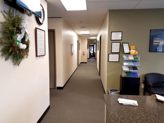 Everett-Lobby-hallway