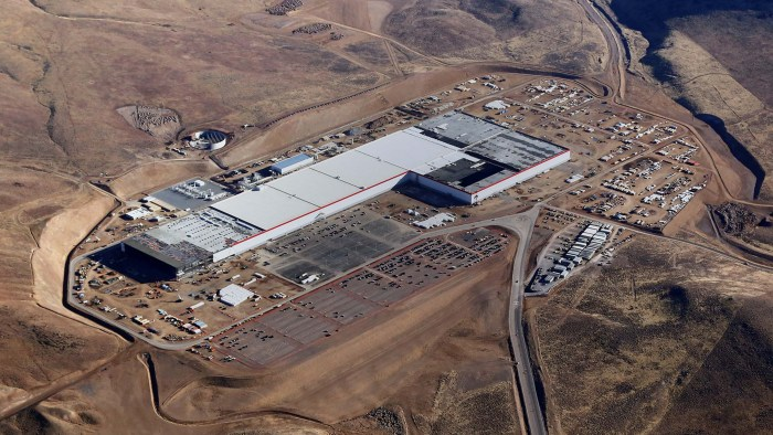 Battery Cell Production Begins Tesla's Reno Gigafactory