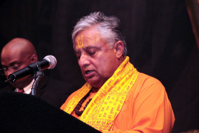 Reno Hindu leader to Open Pennsylvania & Rhode Island Senates & Houses with Hindu prayers