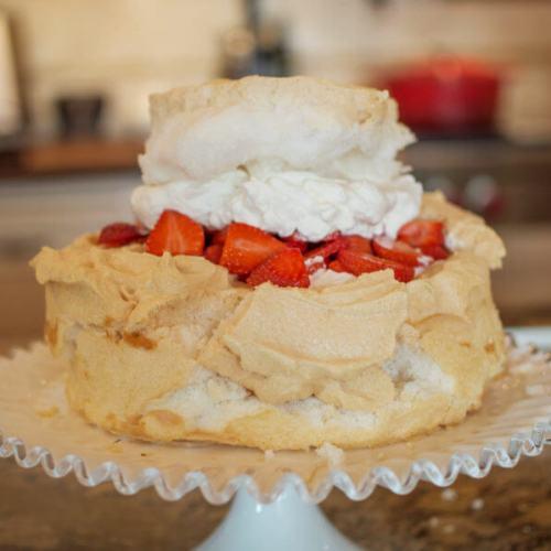 Strawberry Schaum Torte