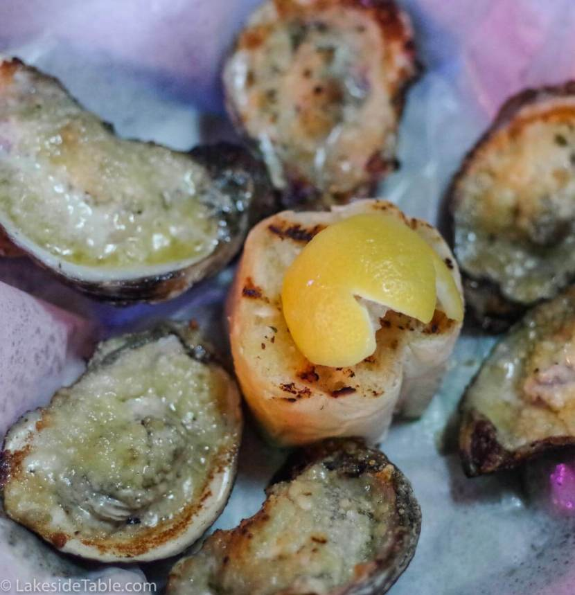 broadway-oyster-bar-st-louis-grilled-oysters