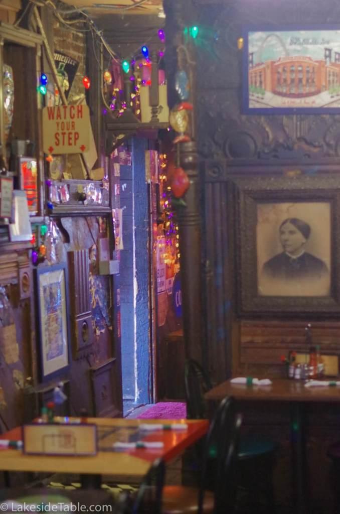 broadway-oyster-bar-st-louis-inside2