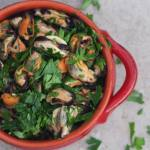 parsley mussel salad recipe - a fun and fresh way to let parsley take center stage! | www.lakesidetable.com