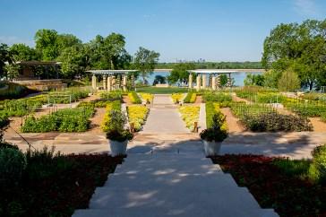 Dallas Arboretum's A Tasteful Place (Photo by Danny Fulgencio).