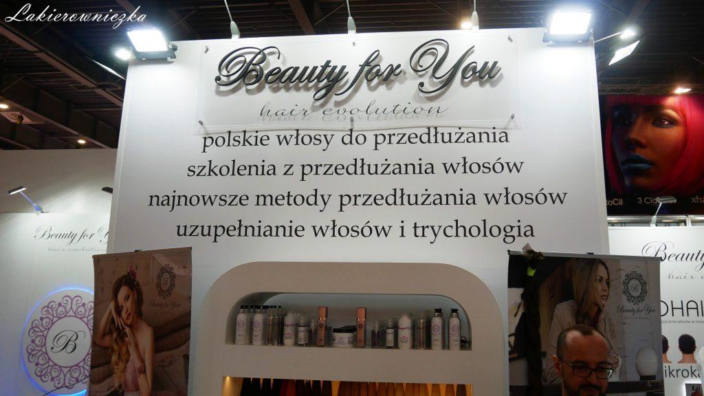 blog-beauty-day-2018-targi-look-beauty-vision-poznan-Lakierowniczka-fryziersko-kosmetyczne-nowosci-paznokciowe-produkty-blog beauty day 2018