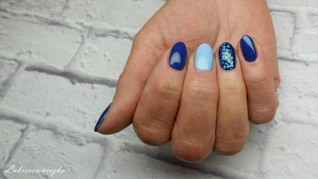 niebieskie-hybrydy-paznokcie-blue-nails-stemplowanie-pylkiem-moyra-VV-116-boy-blue-Eveline-308-dark-waters