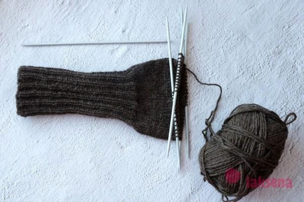 Вязание носков на пяти спицах