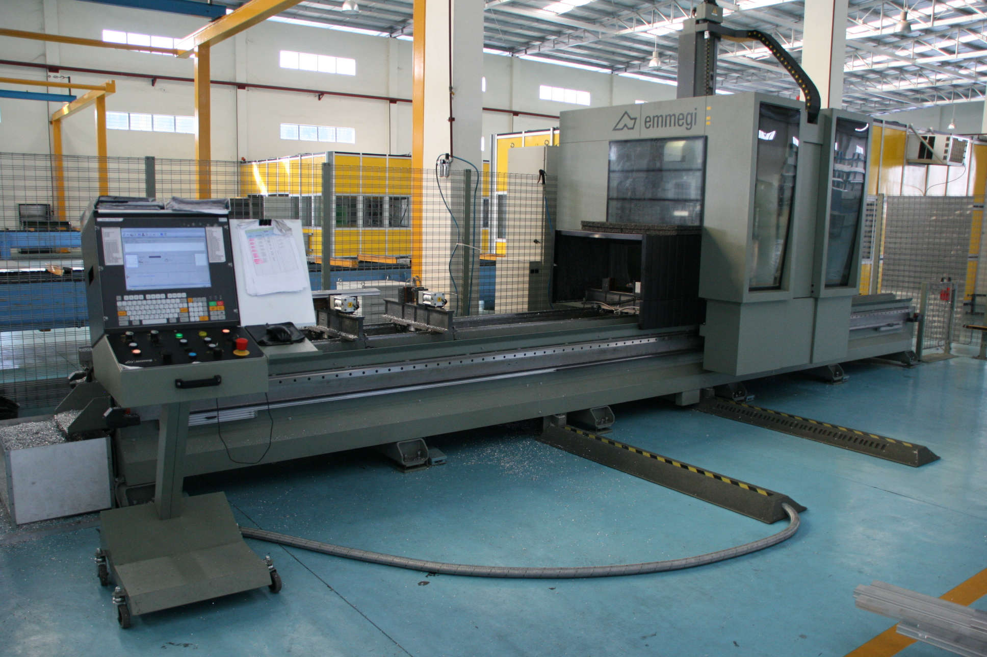 satellite cnc 5 axis