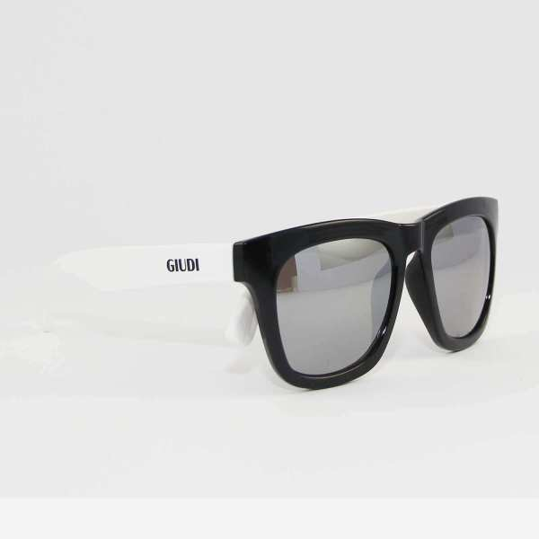 GIUDI High Quality Sunglasses (5 Glasses in 1 set)