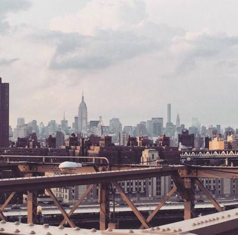 Backdrop of the city from the Brooklyn Bridge